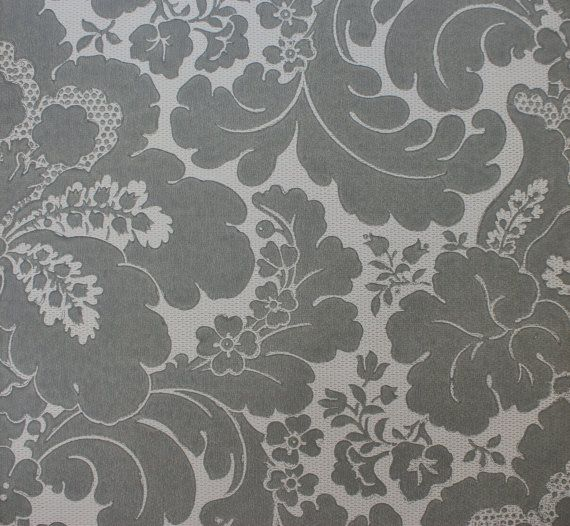 Vintage Wallpaper 1960s Large Gray and White Floral  Made in England 570x526