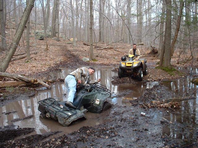 Honda ATVs in the Mud Pit Picture QUADCRAZY ATV Community 640x480