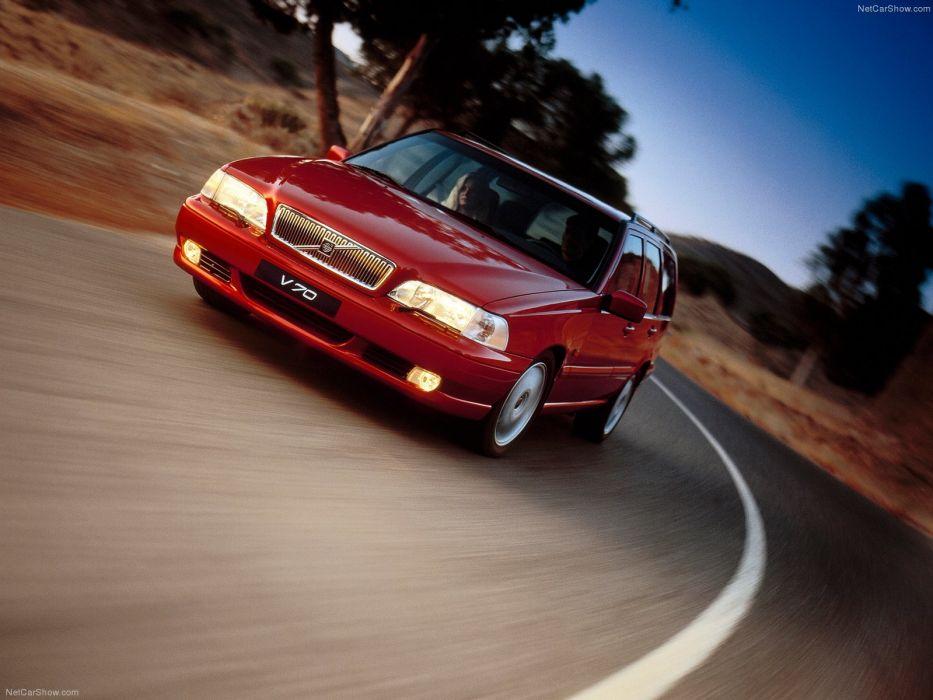 Volvo V70 1997 wallpaper 1600x1200 221608 WallpaperUP 933x700