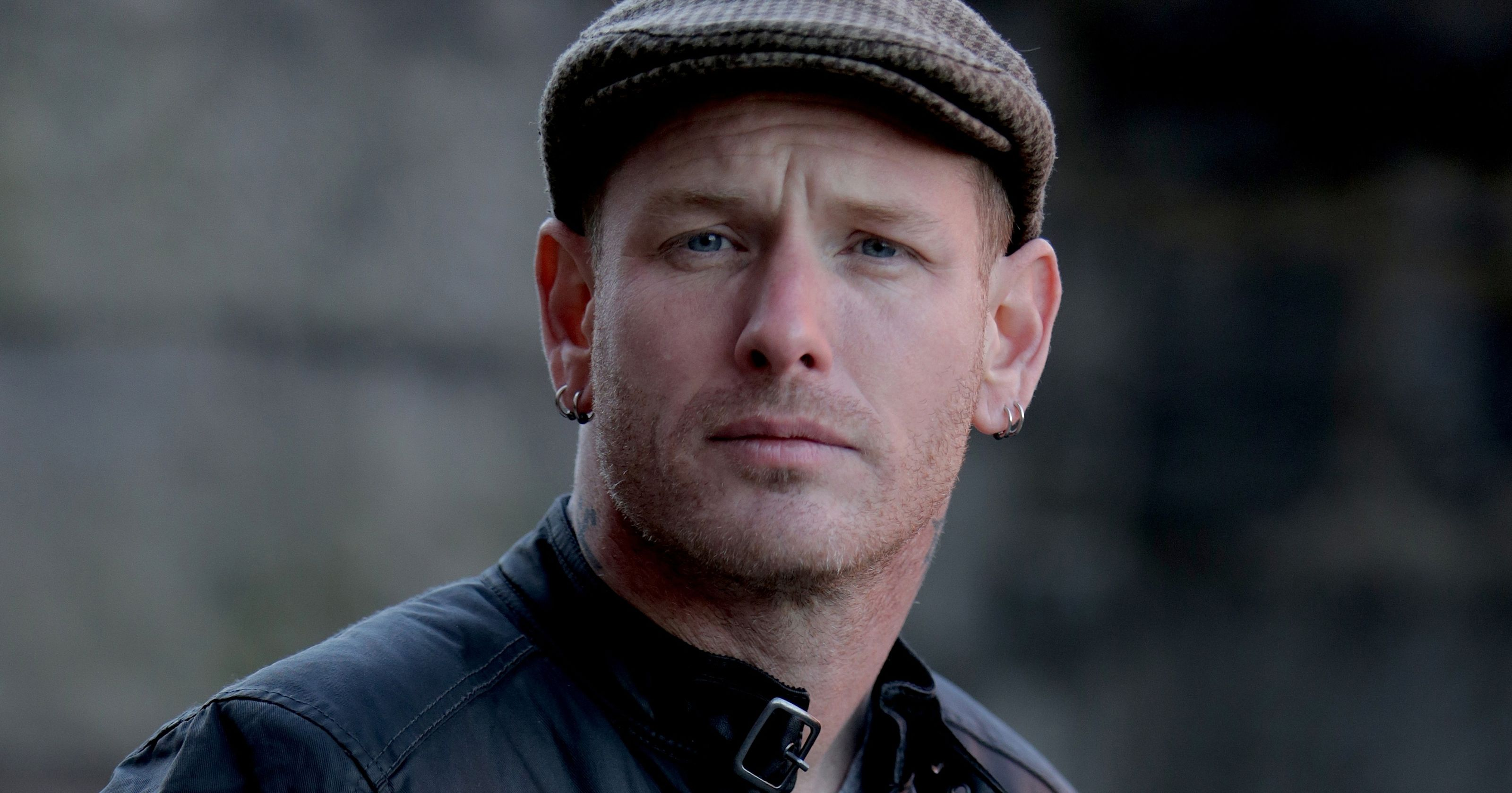 SLIPKNOTs Corey Taylor Posts Powerful Video on Black 3200x1680