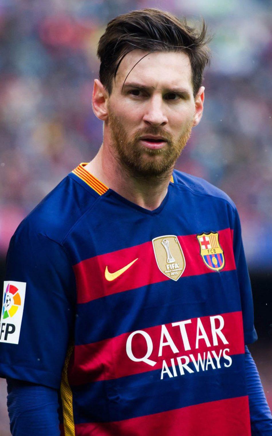 Lionel Messi FC Barcelona Moment 4K Ultra HD Mobile Wallpaper 950x1520
