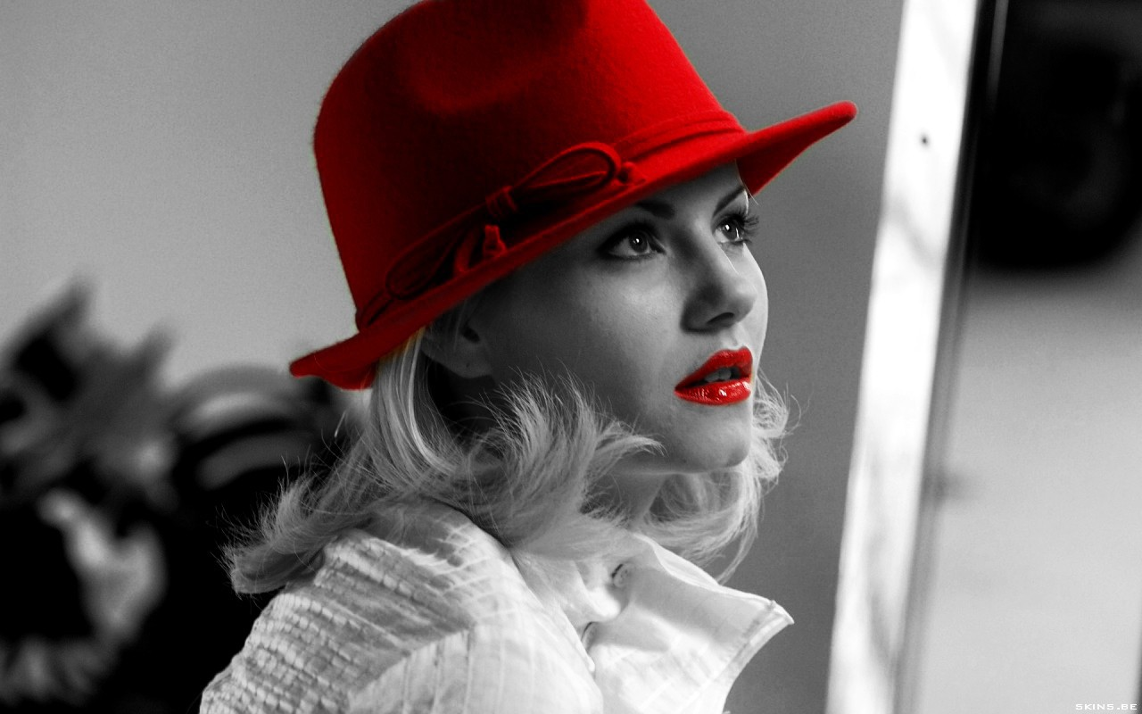 In a red hat wallpapers and images   download wallpapers pictures 1280x800
