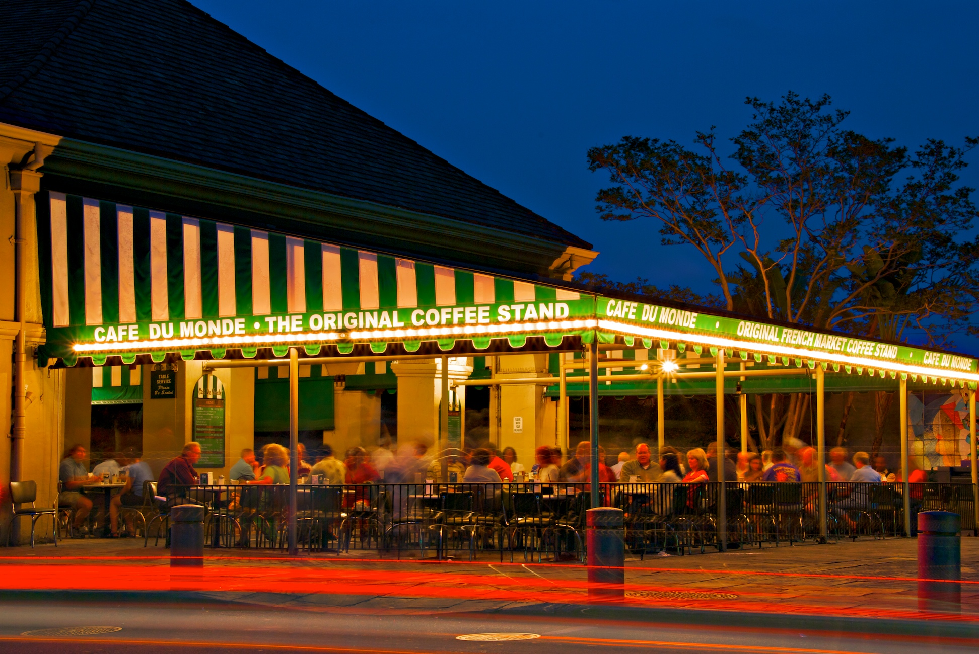 Cafe Du Monde HD Wallpaper Background Image 1944x1300 ID 1944x1300