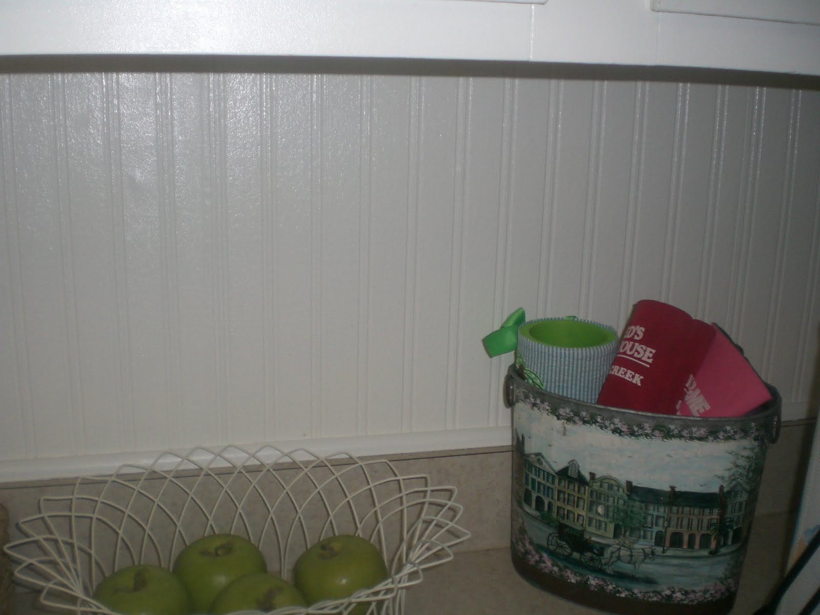 Somerset Style Behold the Power of Beadboard Wallpaper 1600x1200