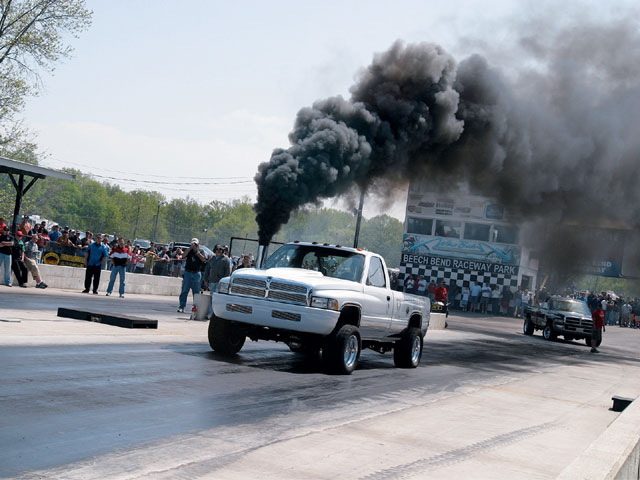 Go Back Gallery For Cummins Pulling Wallpapers 640x480