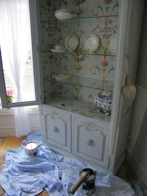 Maison Decor Wallpapering the armoire doors 480x640
