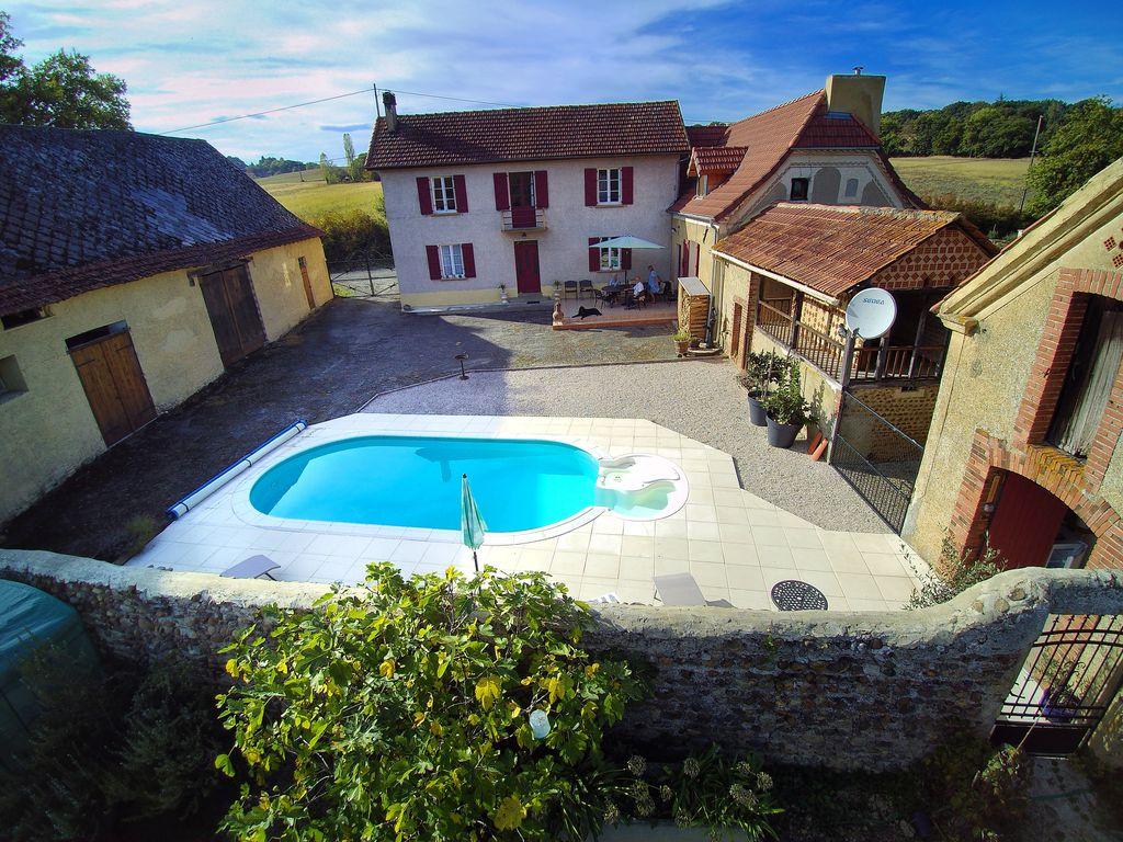 Maison Lajus a restored Farmhouse With Private Pool   Luc Armau 1024x768
