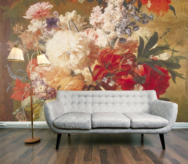 the use of printed wall decoration using wallpaper has been around for 640x557