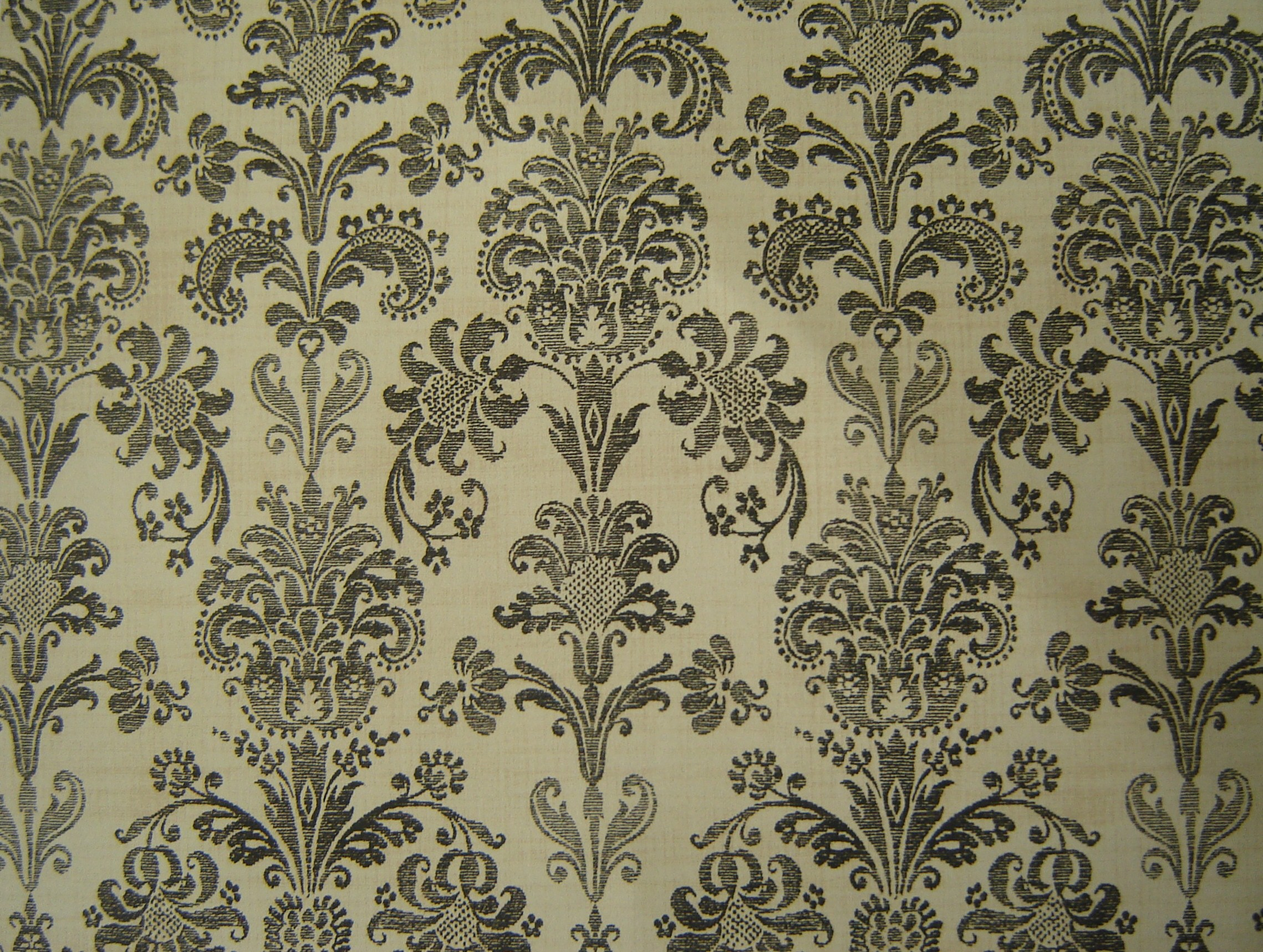 Chossing Modern Wall Paper Pattern to Enrich the Entire House 2278x1717