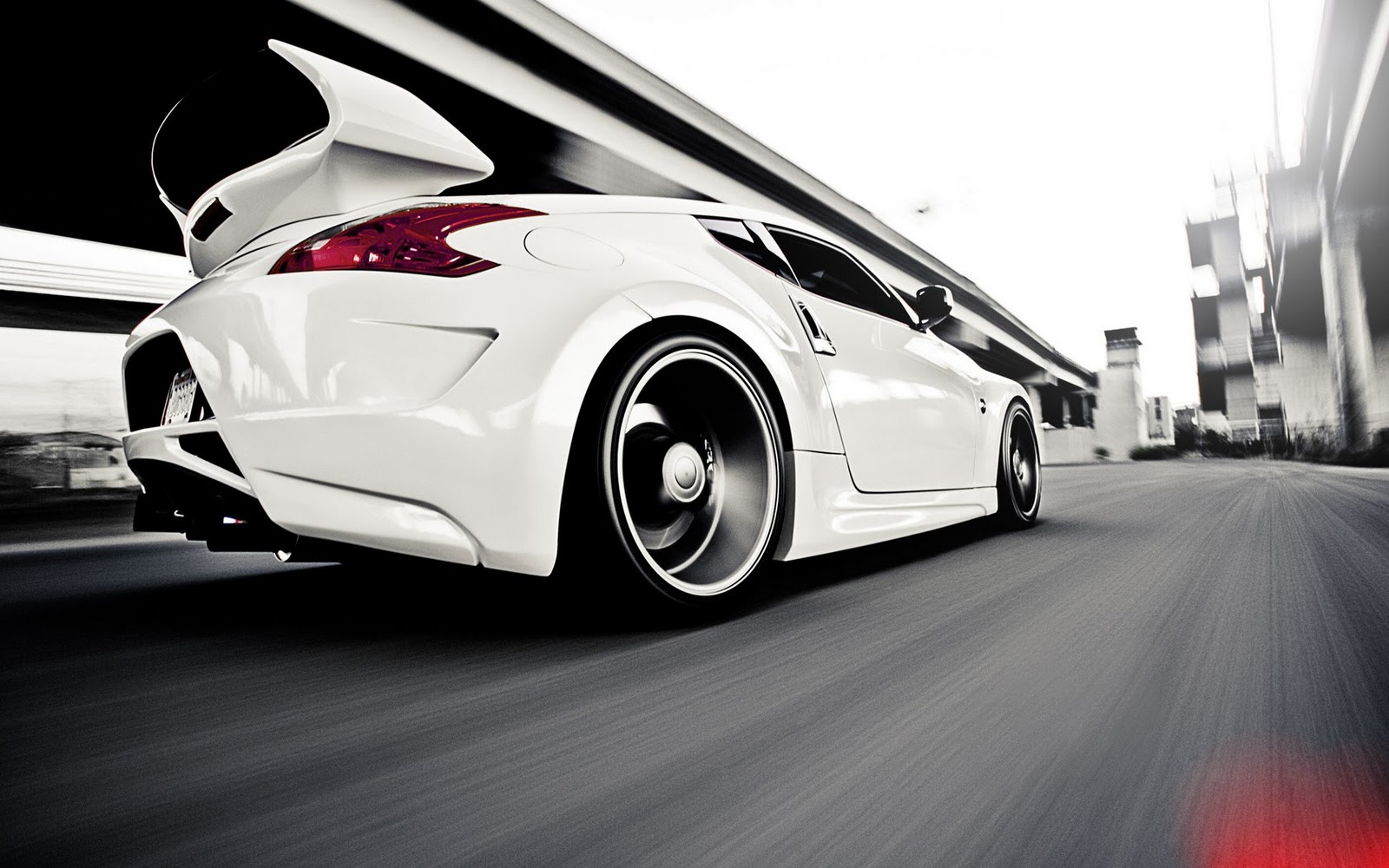 White Nissan 370Z HD Wallpapers Download Wallpapers in HD for 1600x1000