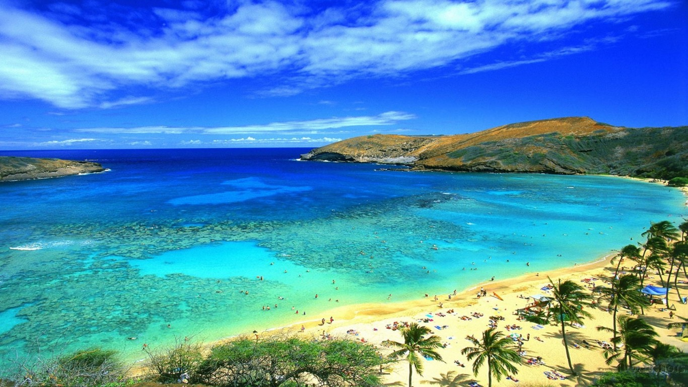 Honolulu Hawaii Beach Wallpaper Wallpapers13com 1366x768