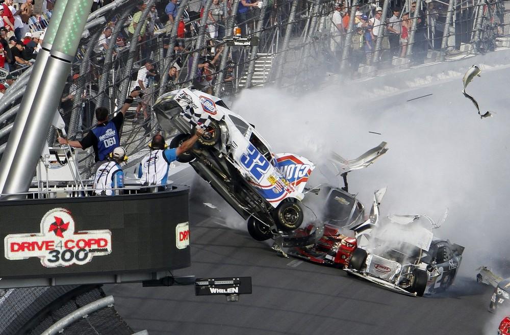 26+] Drag Racing Wrecks Wallpapers on WallpaperSafari