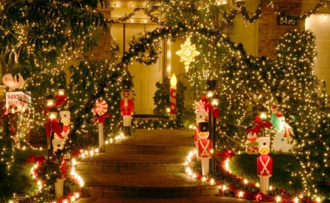 Christmas Wallpaper Pics1 21 Stunningly Beautiful Christmas Desktop 650x400