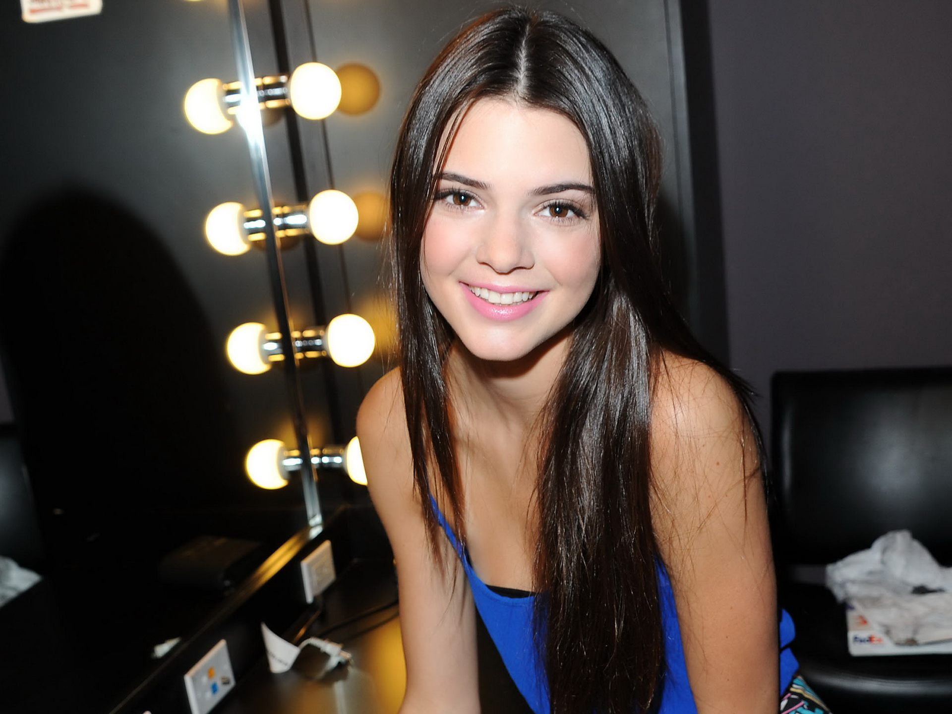 Kendall Jenner Wallpapers Download High Quality HD Images 1920x1440