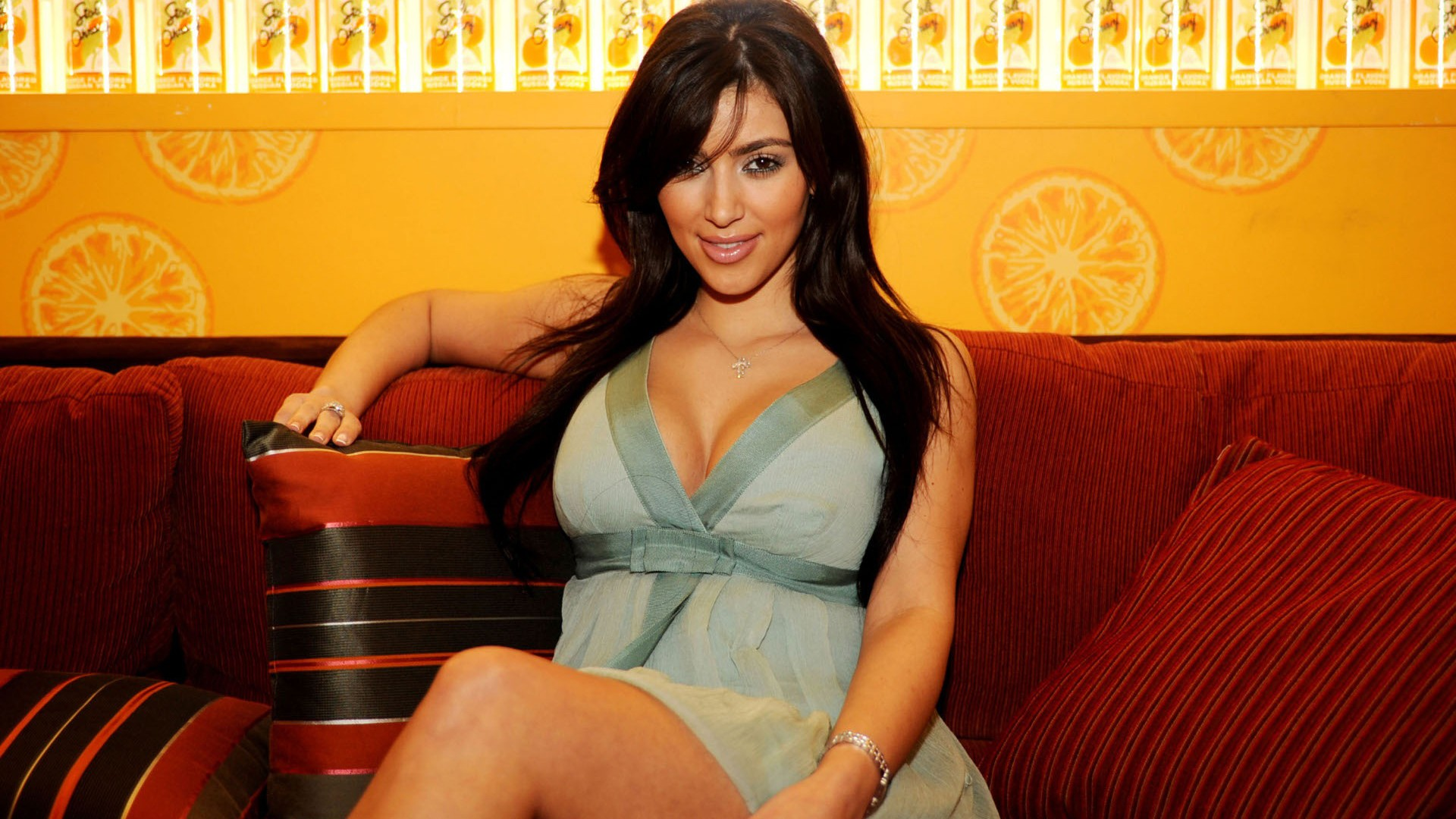 Kim Kardashian 2013 HD Wallpaper of Celebrities   hdwallpaper2013com 1920x1080