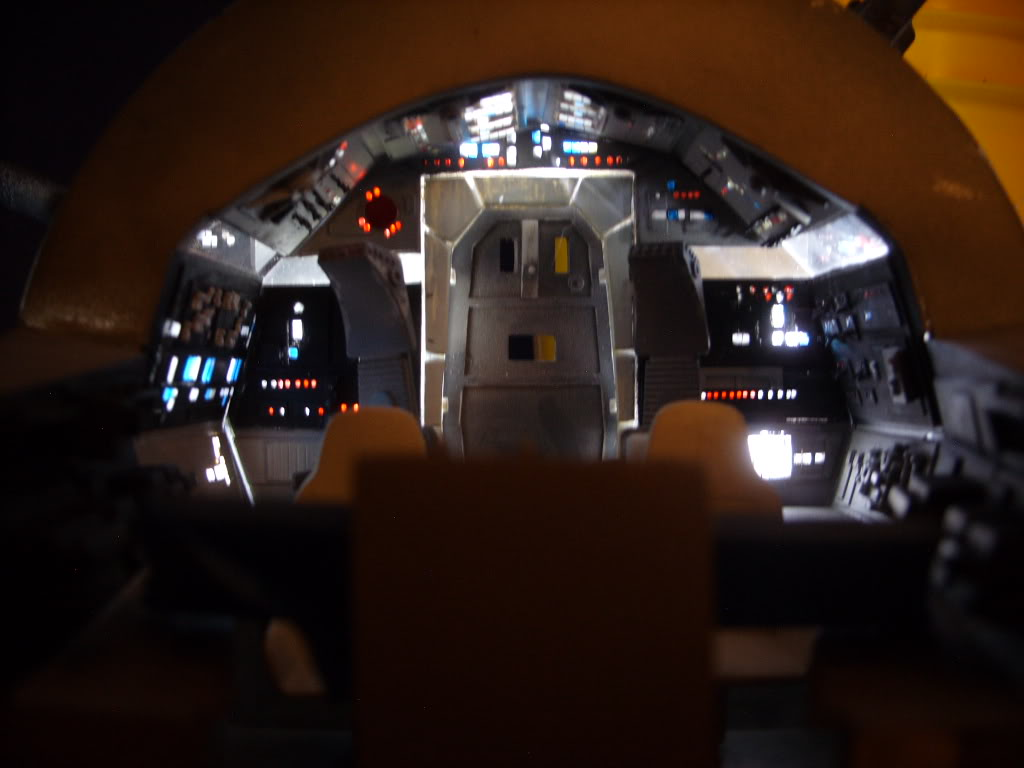 Millenium Falcon Cockpit Wallpaper Millennium falcon cockpit