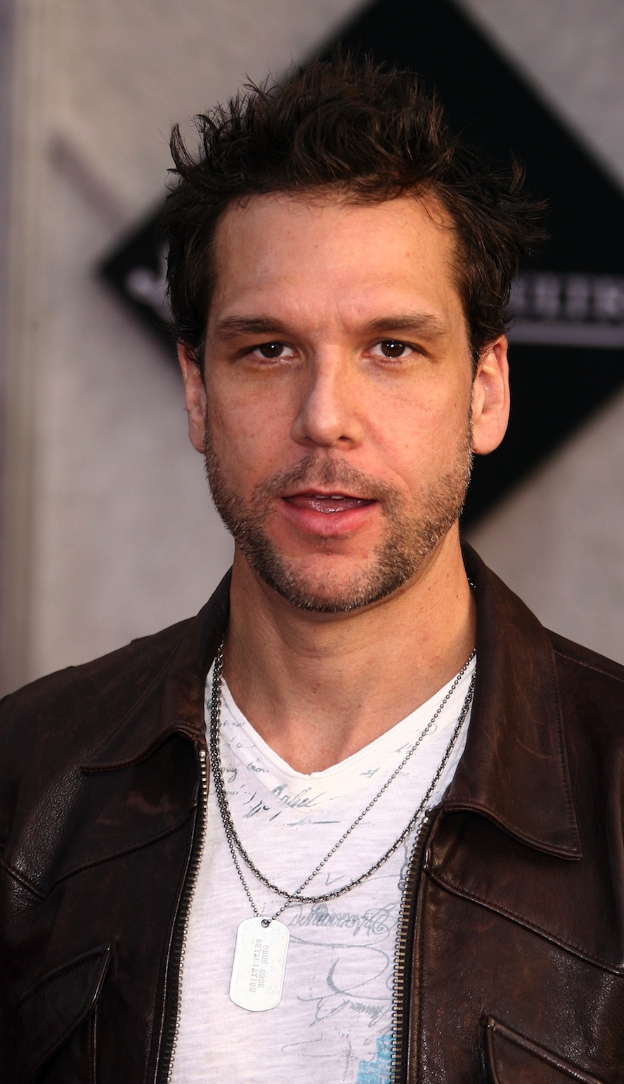 Magazine Fresh Singer Dane Cook   Picture Colection 888x1542