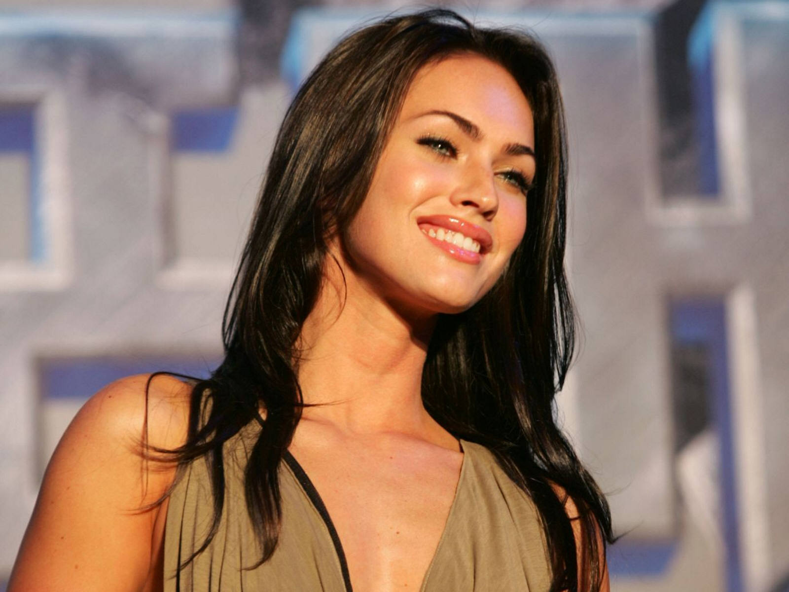 Megan Fox Hd Wallpaper Latest Hd Wallpapers 1600x1200
