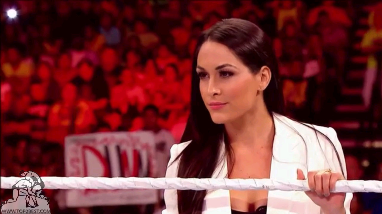 Brie Bella Cars Pictures 1280x720