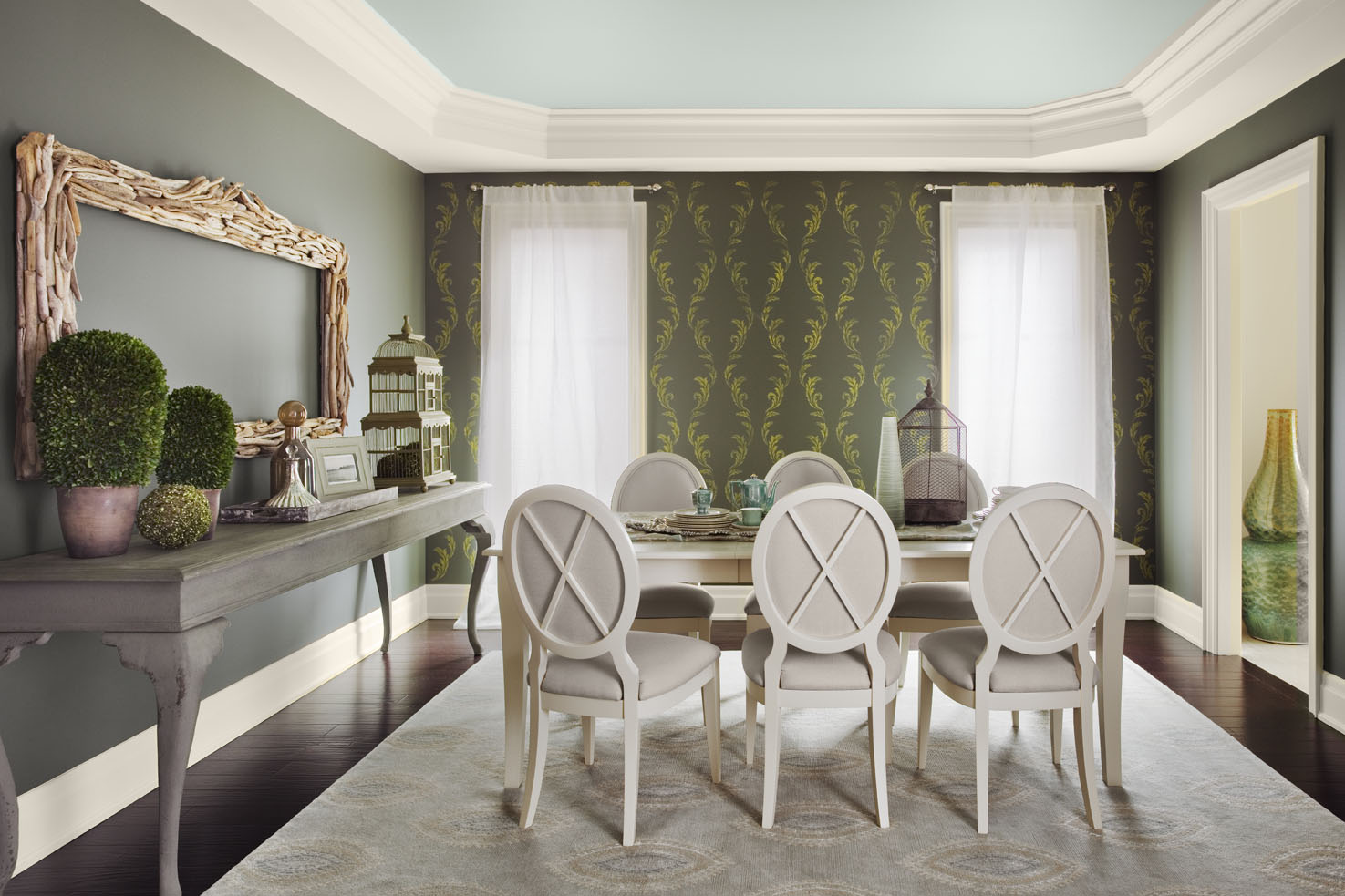friday finds benjamin moore 2012 Hirshfields Color Club 1475x983