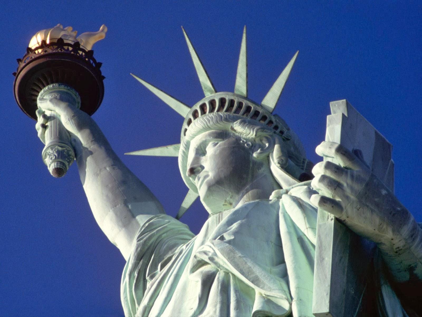 Statue liberty wallpaper Statue of liberty Statue of liberty wallpaper 1600x1200