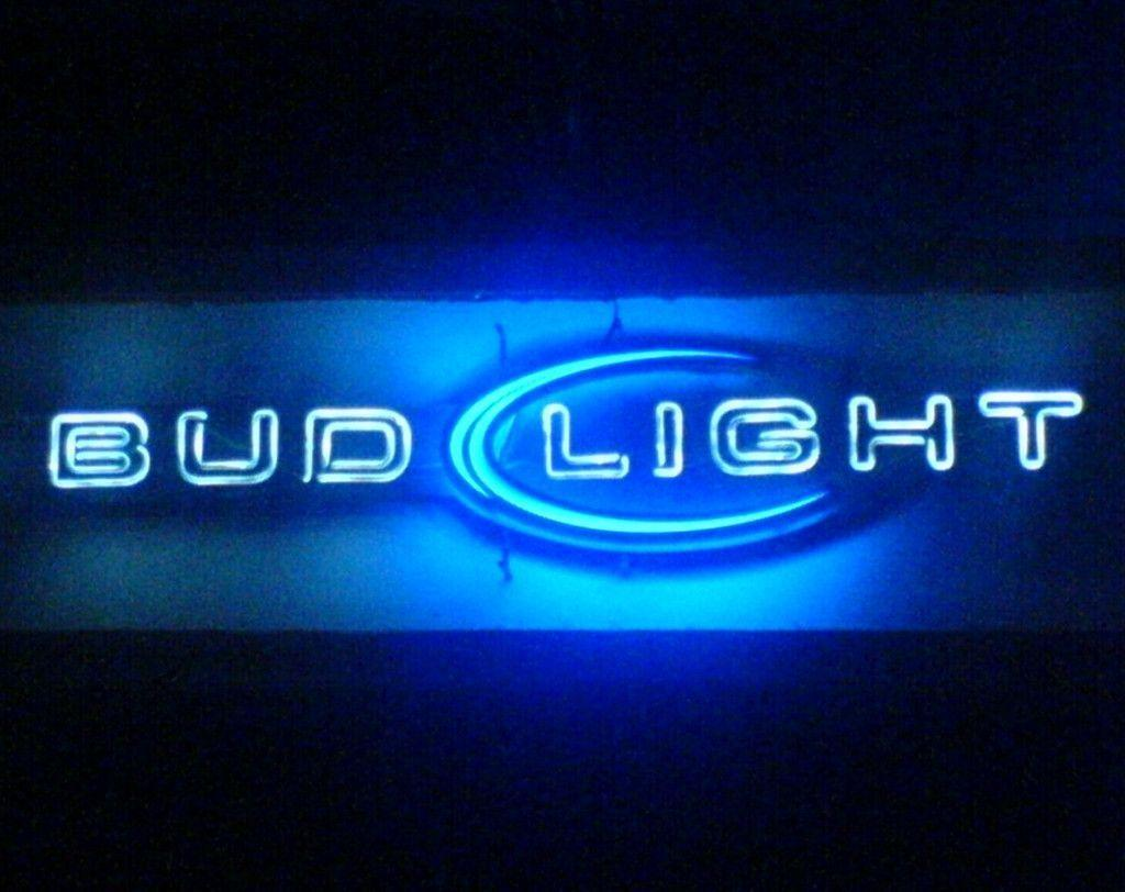 Bud Light Wallpapers 1024x812
