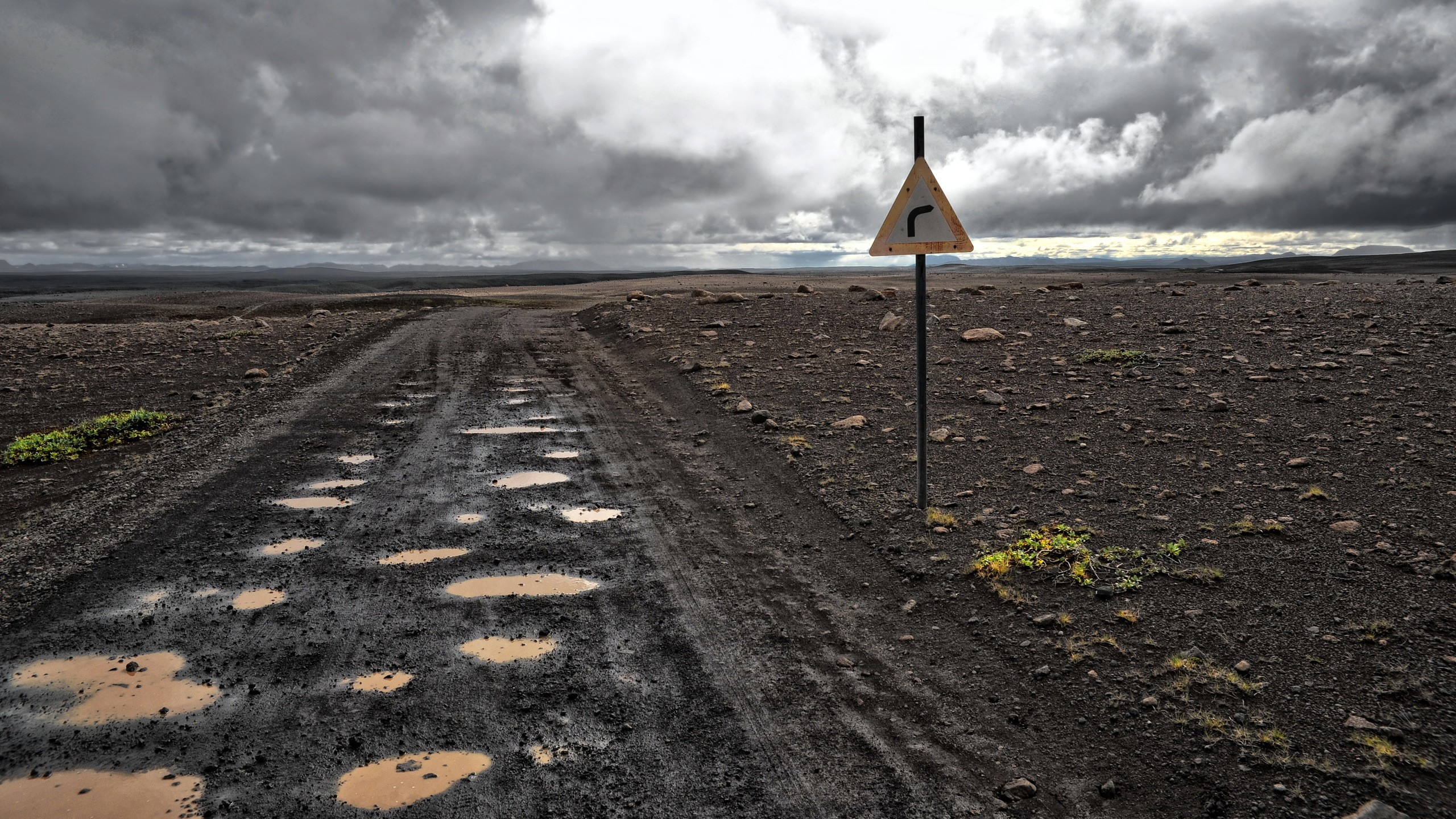 4557497 apocalyptic mud landscape traffic signs wallpaper 2560x1440