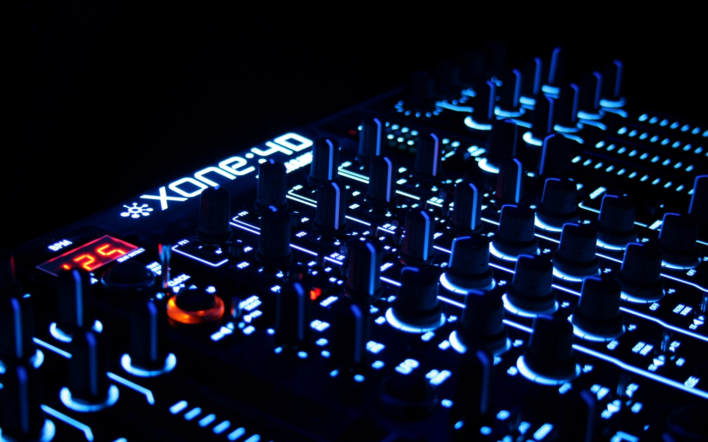 Papel de Parede Dj Wallpaper para Download no Celular ou Computador PC 1440x900