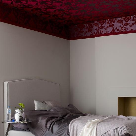 Wallpaper the ceiling Bedroom wallpaper ideas housetohomecouk 550x550