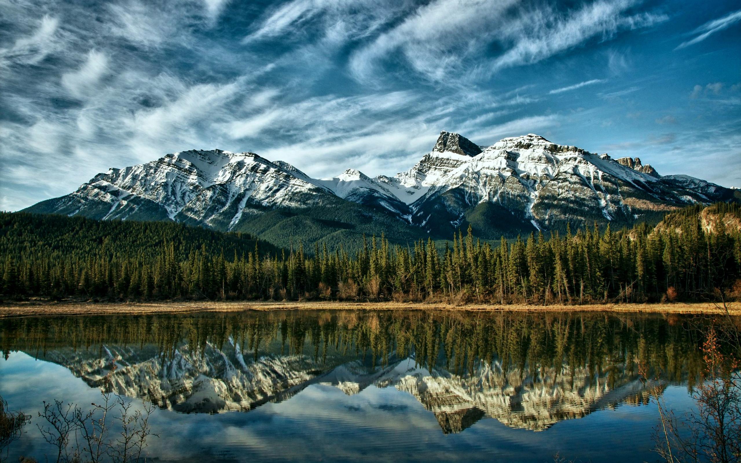 Paysage nature Canada Alberta lac montagnes enneiges la 2560x1600