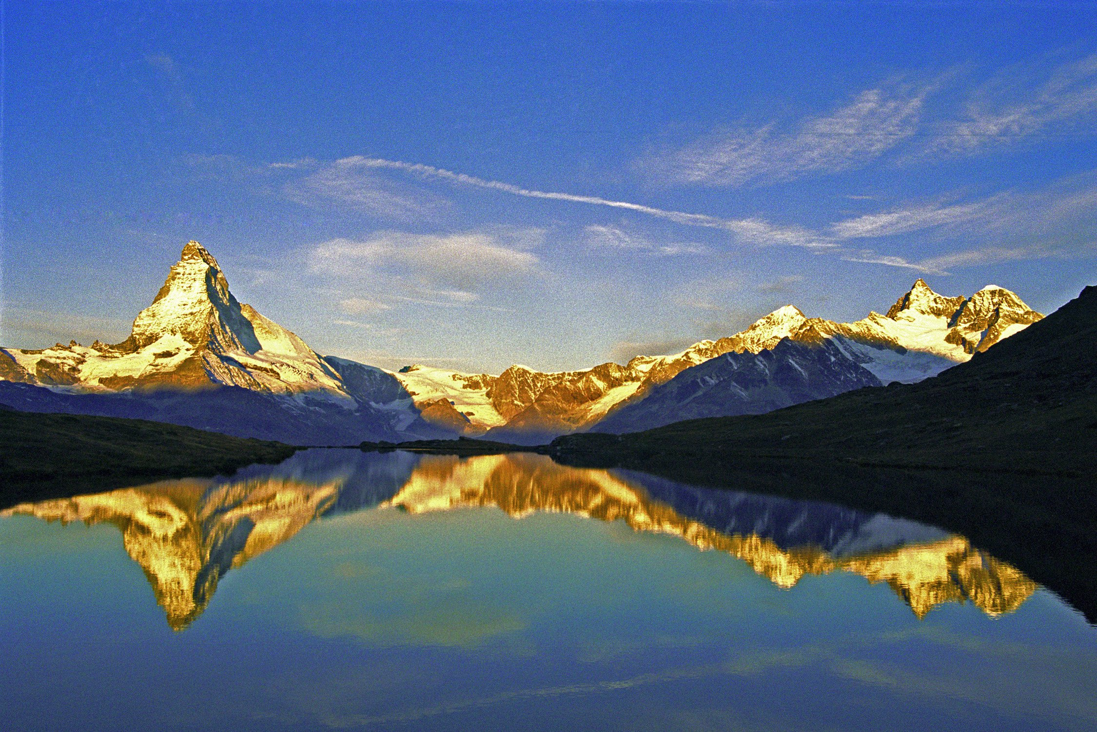 Free Download Alps Zermatt Lake Stelli And Matterhorn High