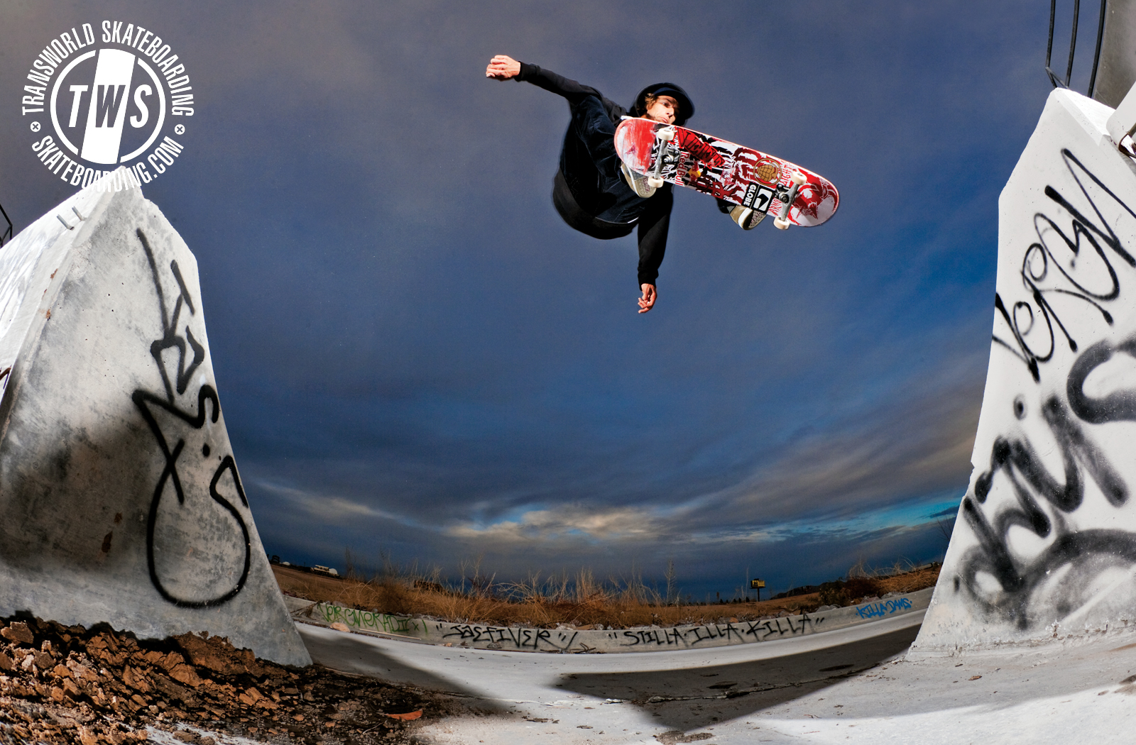 Skateboarding Wallpaper HD wallpapers   Jump Skateboarding Wallpaper 1600x1050