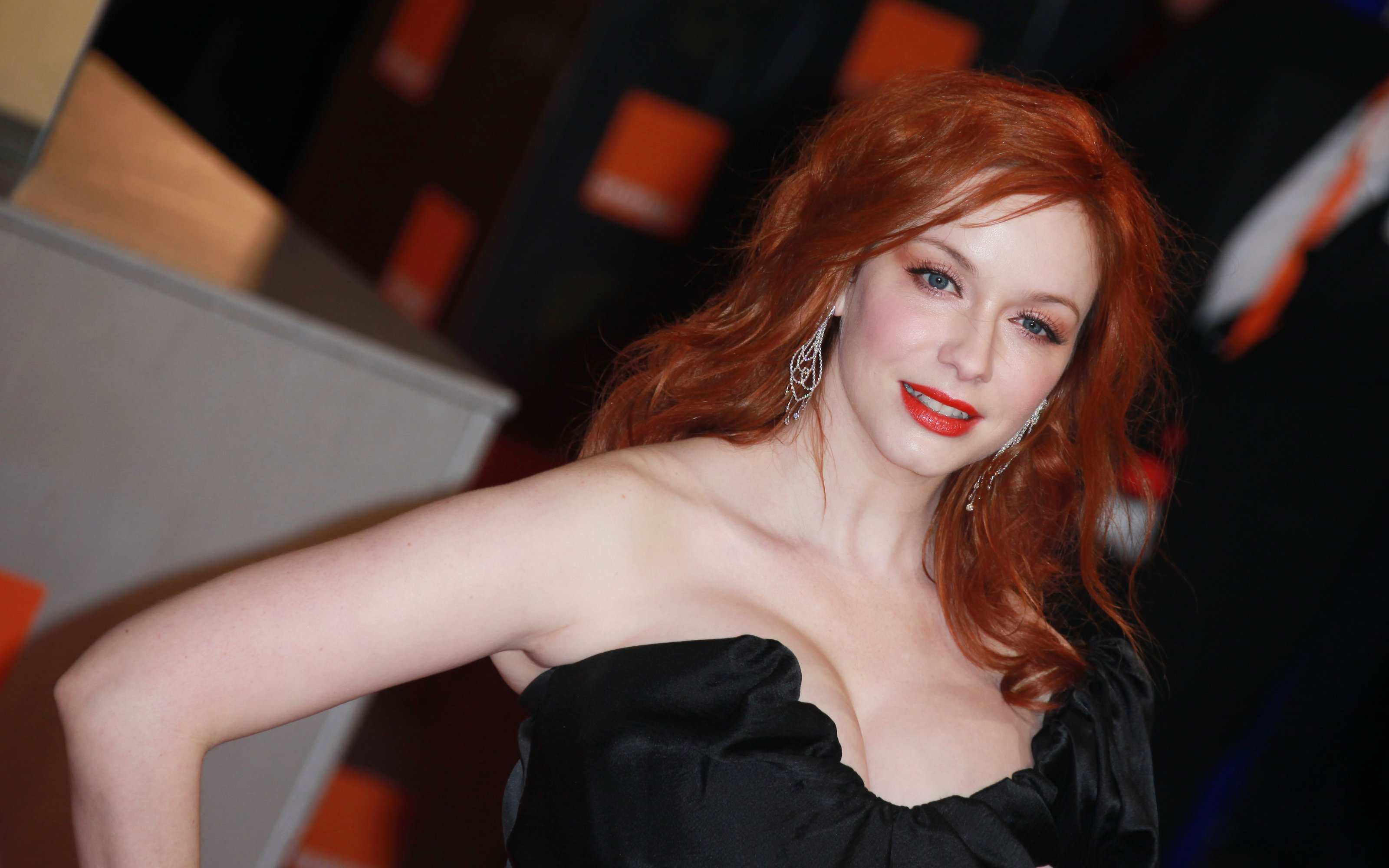 Christina Hendricks Wallpapers Pictures Images 3200x2000