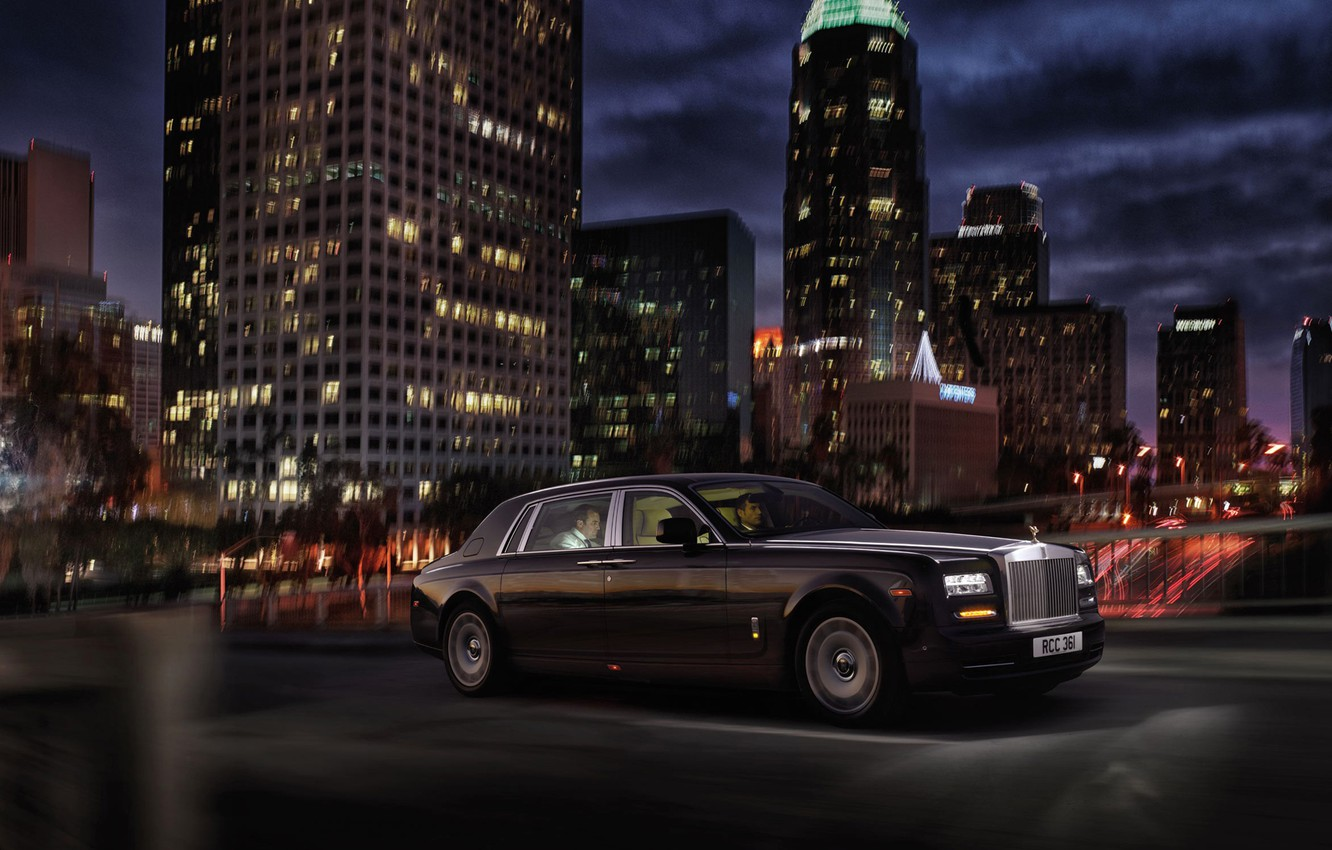 Wallpaper night the city Rolls Royce limousine images for 1332x850