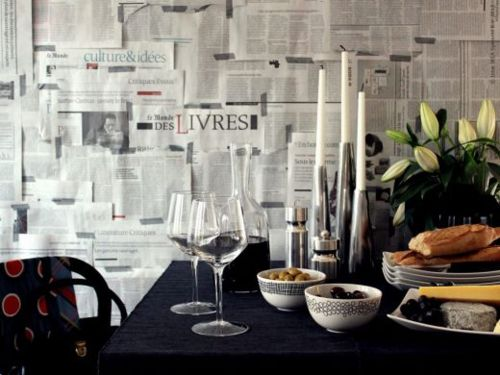 LLI Design London decorating ideas   using newspaper as wallpaper 500x375