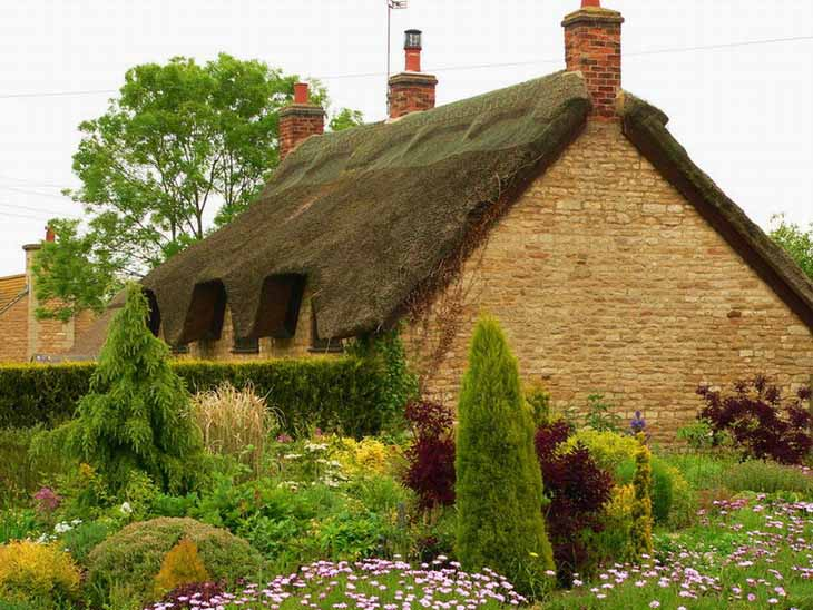 English Cottage Wallpapers 730x548