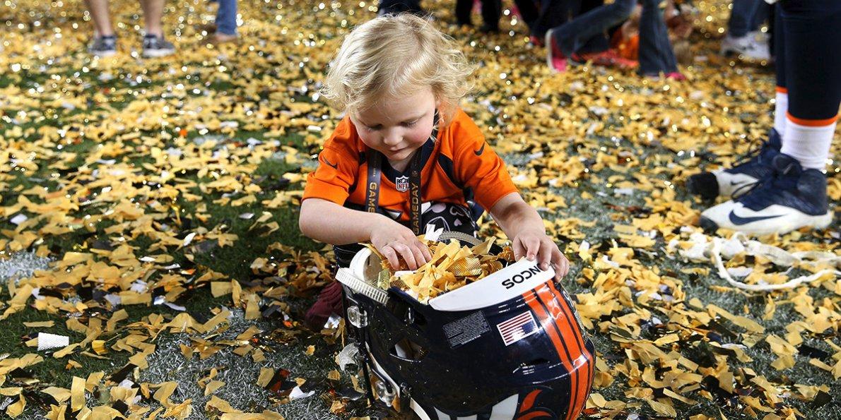 PHOTOS The Denver Broncos win Super Bowl 50   Business Insider 1190x595