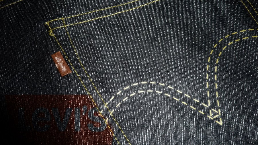 Levis Wallpaper by damonthomas 900x506