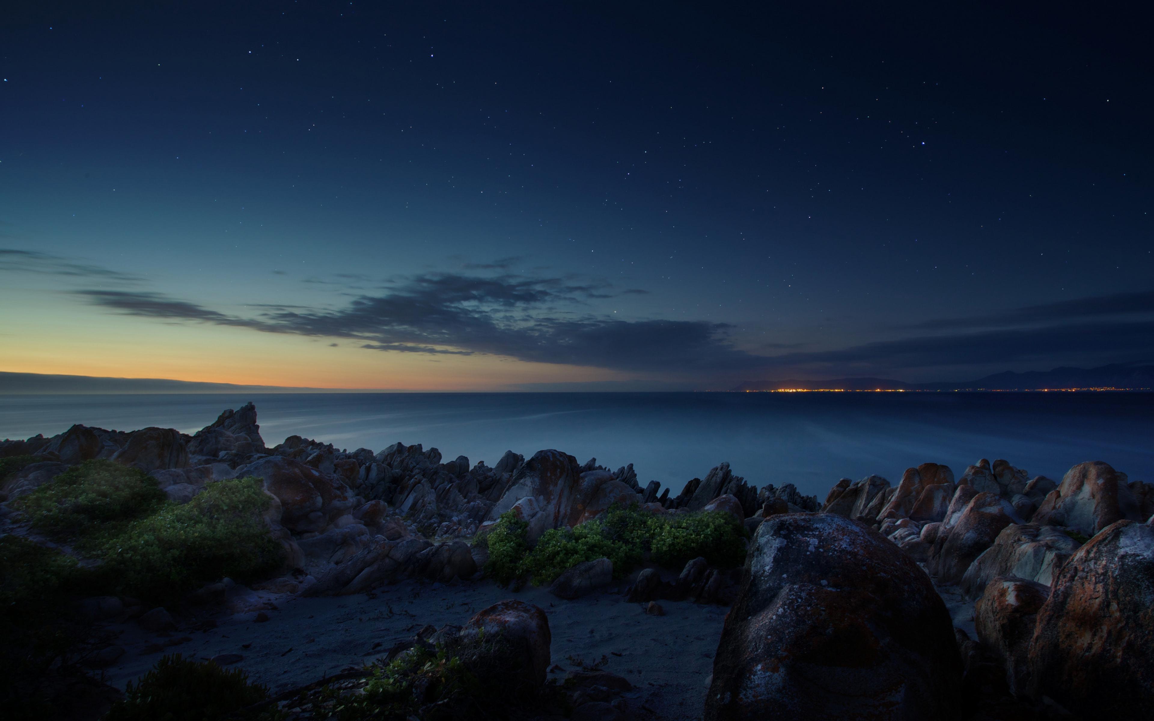 Download Wallpaper 3840x2400 South africa Ocean Night Beach Stones 3840x2400