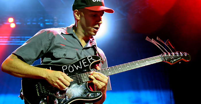 Tom Morello Wallpaper Images Pictures   Becuo 700x365