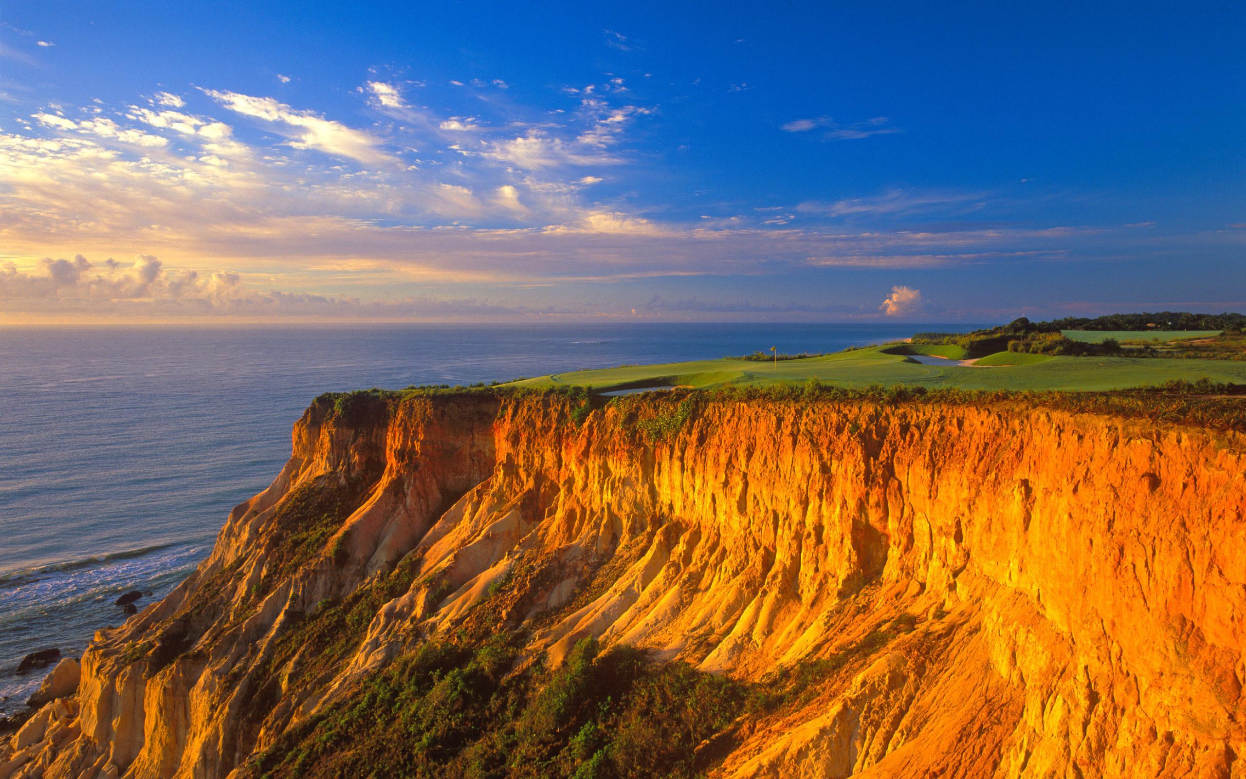 Cliff Background HD 2560x1600