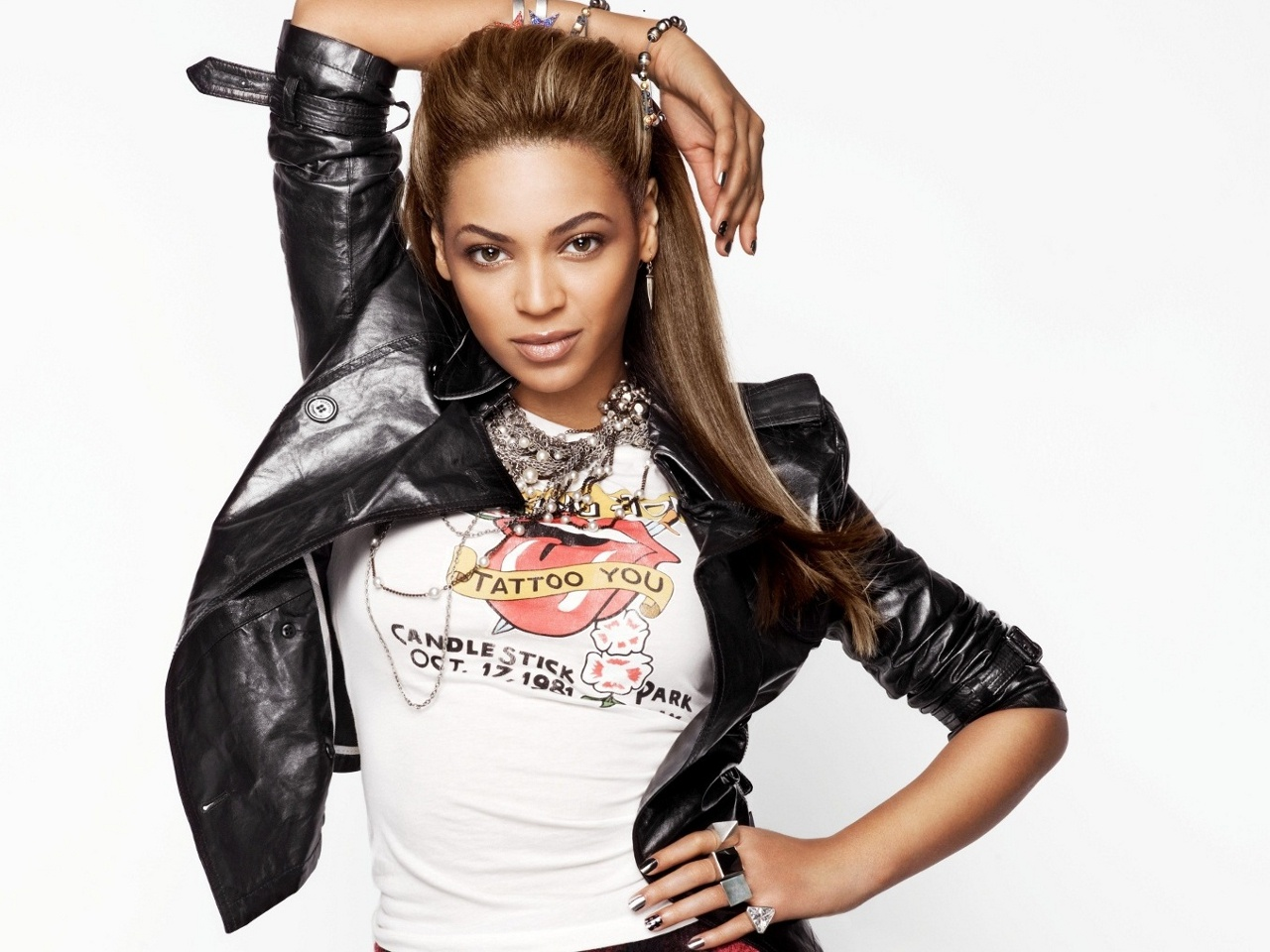 Beyonce Style 2013 White Background Photo Picture HD 1280x960