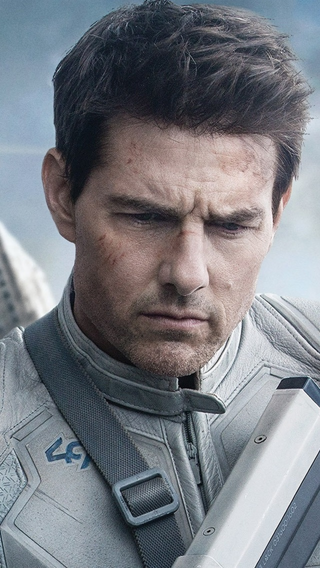 Tom Cruise in Oblivion 640x1136 iPhone 55S5CSE wallpaper 640x1136