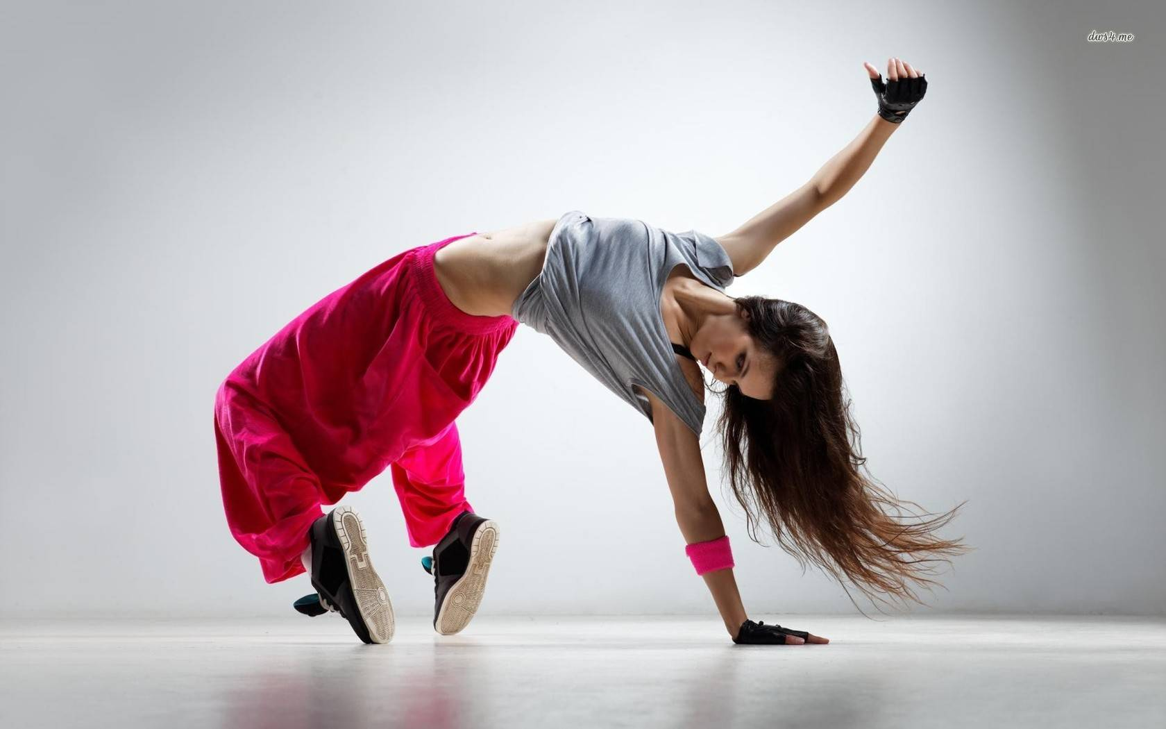 hd wallpapers hip hop dancer wallpaper music 1680x1050 wallpaper 1680x1050