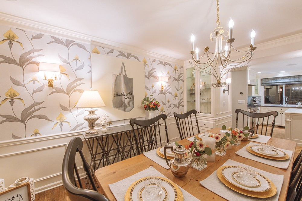Wallpaper is hot Local designers offer tips for using stylish 1000x667
