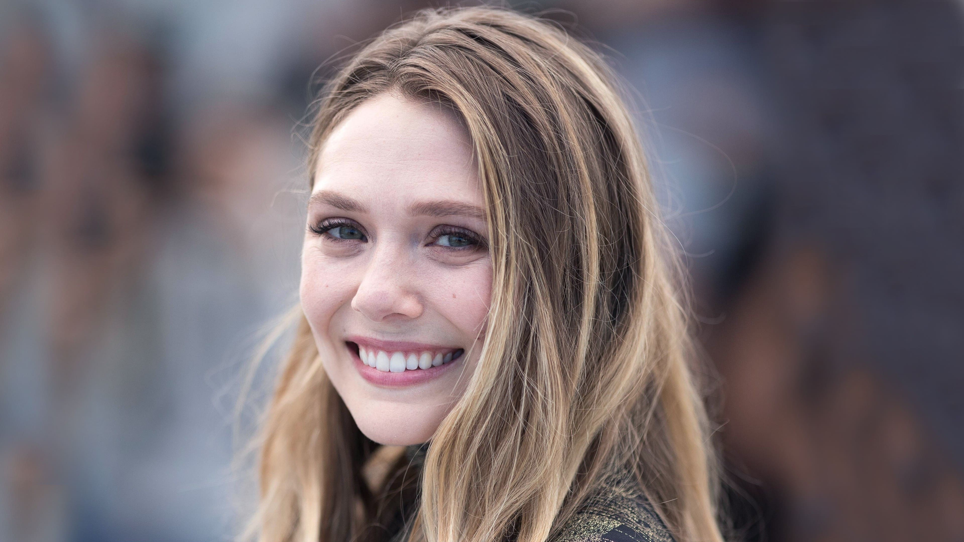 Elizabeth Olsen Smile Face Blonde Wallpapers   New HD 3840x2160