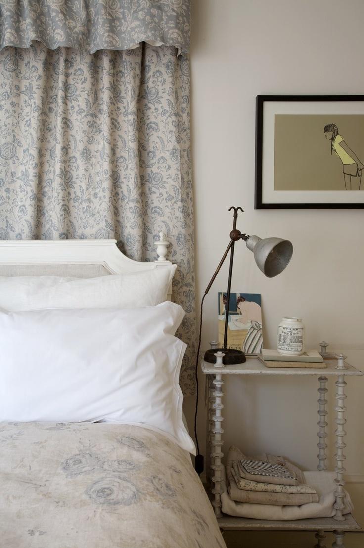 cabbages and roses wallpaper wallpapersafari. Black Bedroom Furniture Sets. Home Design Ideas