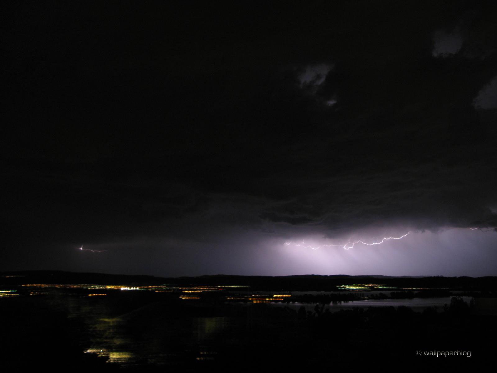 Thunderstorm 1600 pixel 1600x1200
