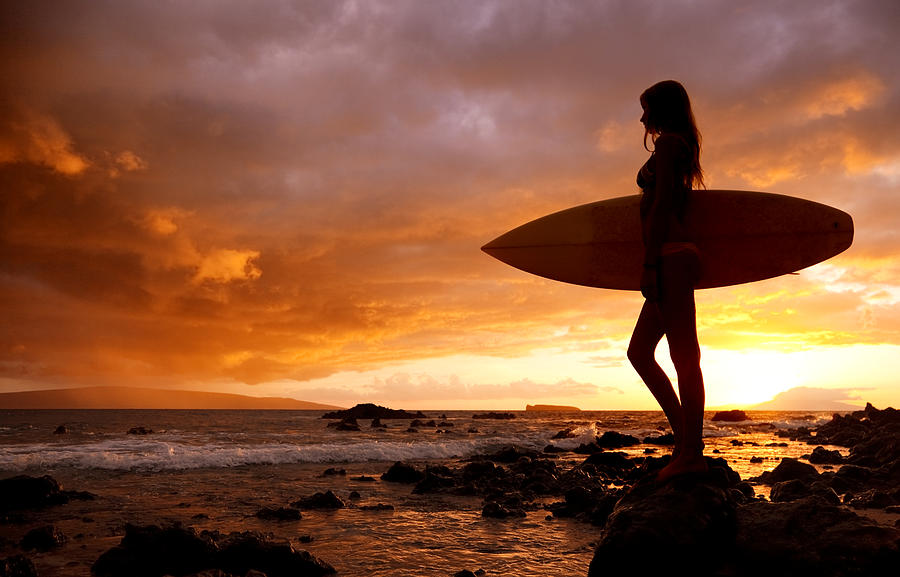 Surfing Girls   BEAUTIFUL GIRL WALLPAPERS 900x577