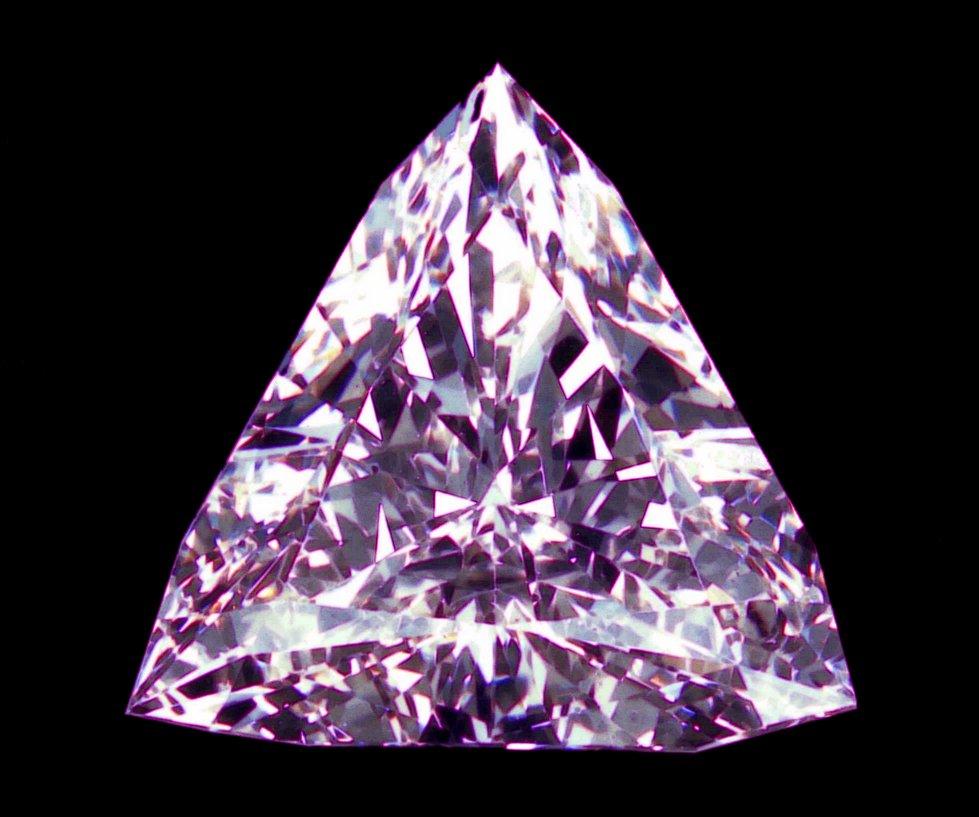 Wollpepar Diamond: Purple Diamond Wallpaper